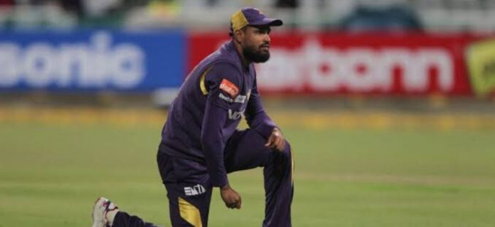 Yusuf Pathan Refuses To Walk Off After Umpire Rules Him Out- But why?