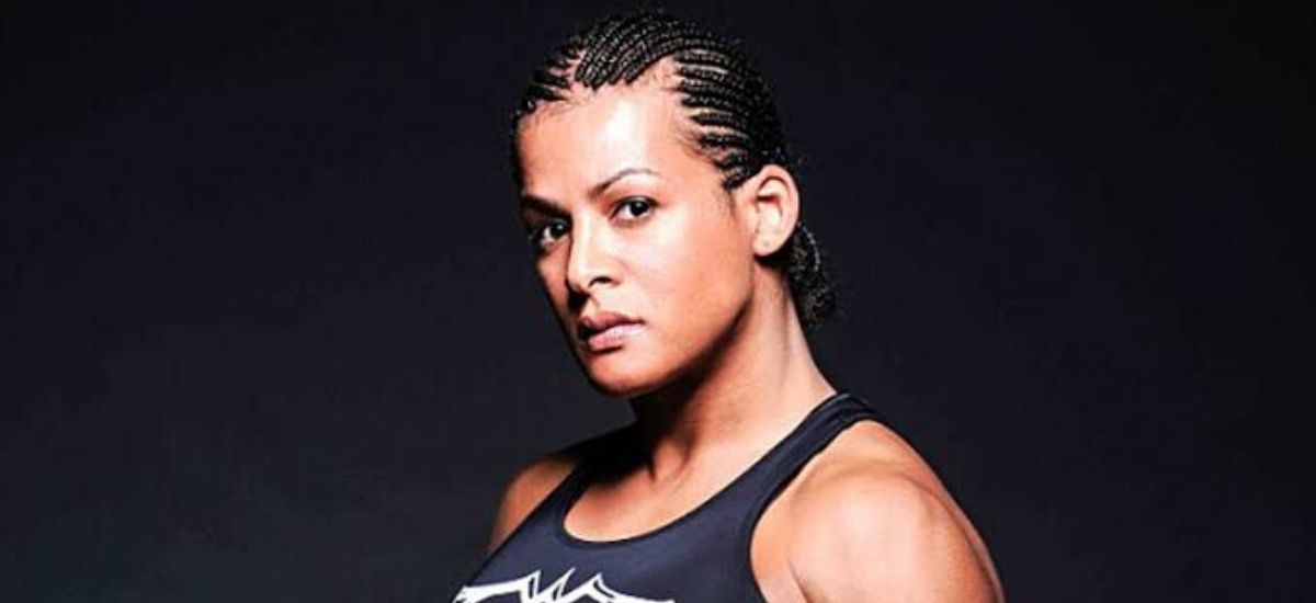 Transgender MMA fighter fractured a Woman,s skull, Called the bravest athlete in history