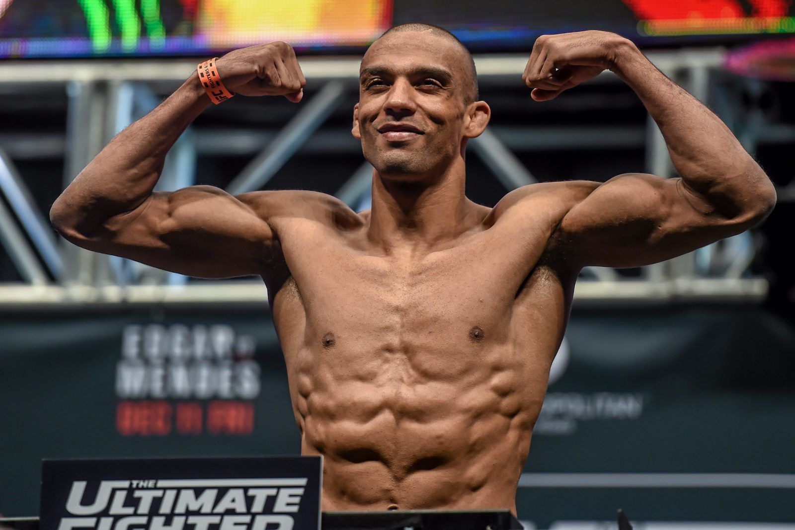 Edson Barboza all set for his Featherweight Debut this year in May
