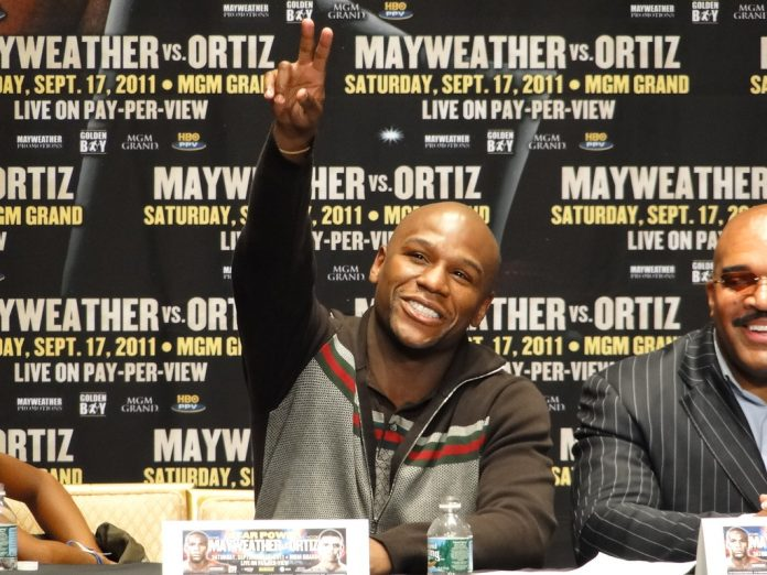 Boxer Floyd Mayweather Will Pay for the Funeral of George Floyd